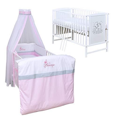 Baby Delux Babybett Komplett Set Kinderbett Mia weiß 120x60 Bettset mit Stickerei Matratze in vielen Designs (Princess)